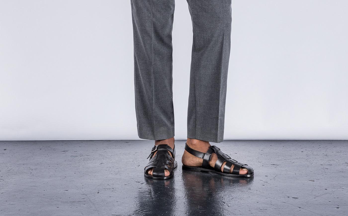 giày sandals chất liệu da