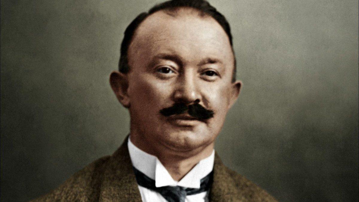 Chân dung người sáng lập thương hiệu Hugo Boss - Hugo Ferdinand Boss.