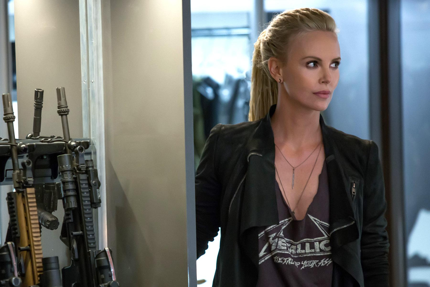_Charlize-Theron-The-Fate-of-the-Furious
