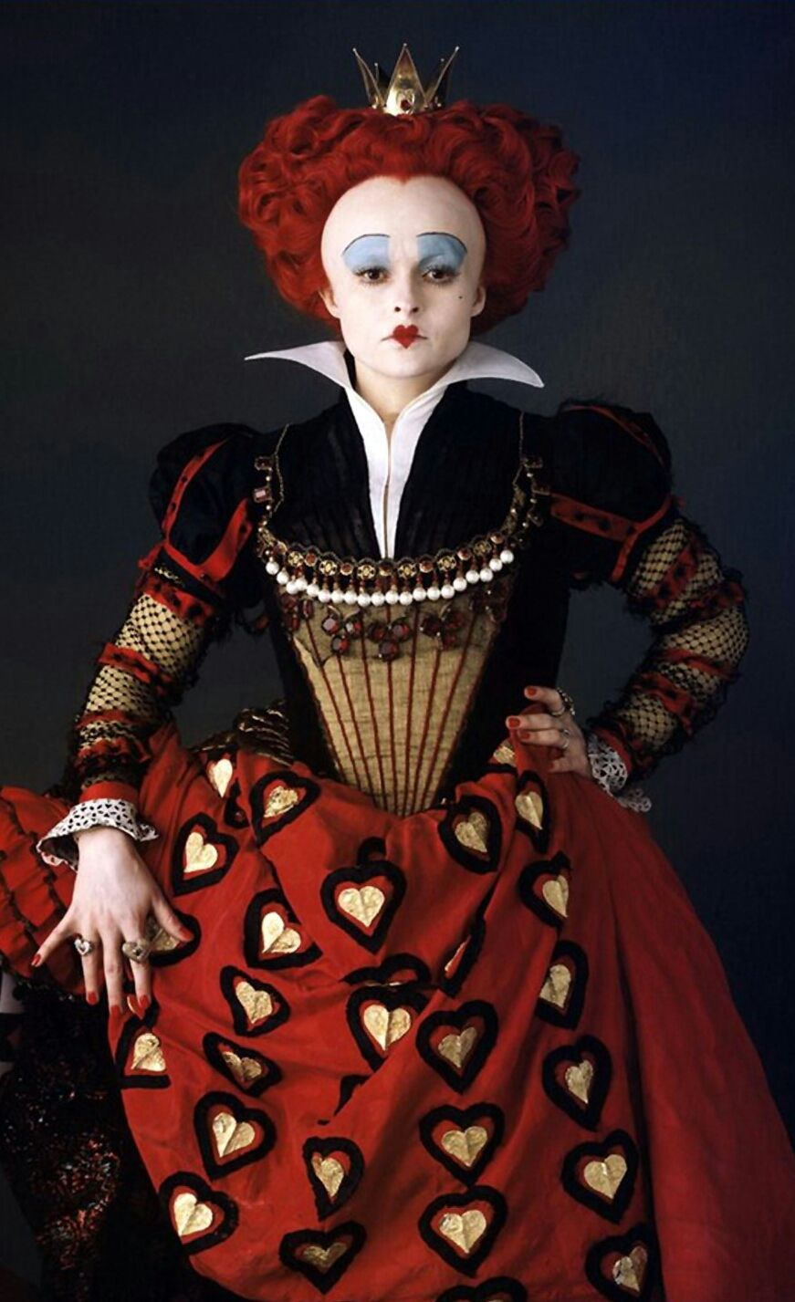 dien-vien_Helena-Bonham-Carter-vai-Red-Queen