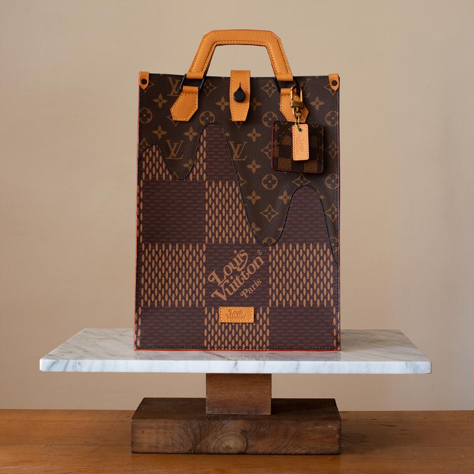 Louis Vuitton bst LV² túi Mini Tote