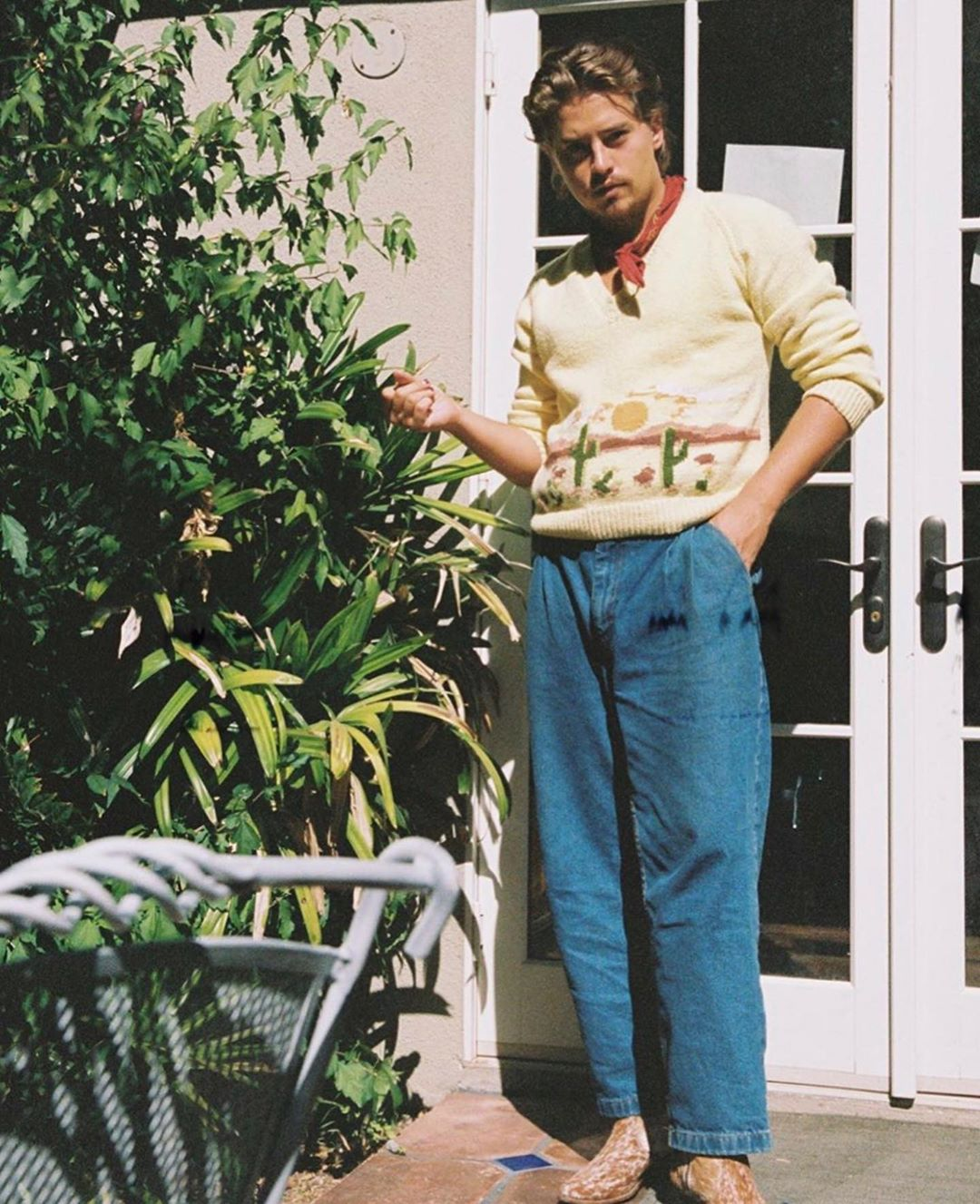 sao nam mặc đẹp cole sprouse outfit 2
