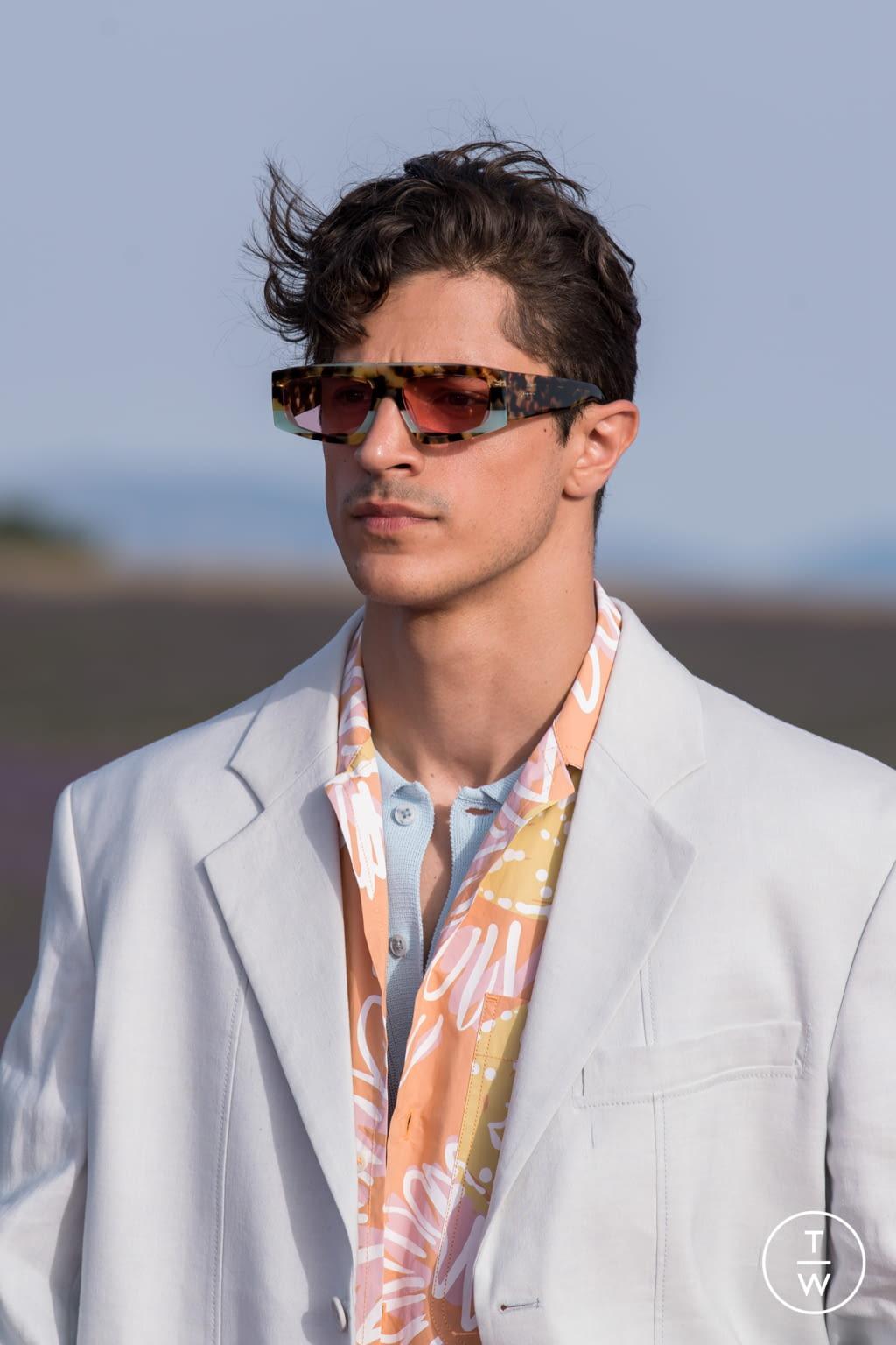 thương hiệu thời trang bst kính mát của jacquemus và ssense