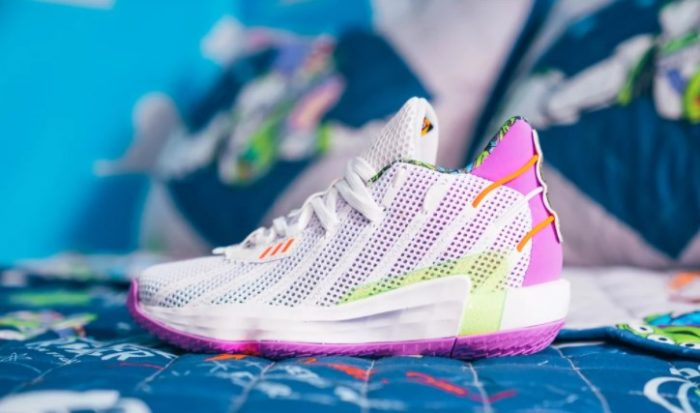 giày thể thao ( 1-8.10.2020- -Adidas-Buzz-x-Dame-7-Shoes-Toy-Story-700x413