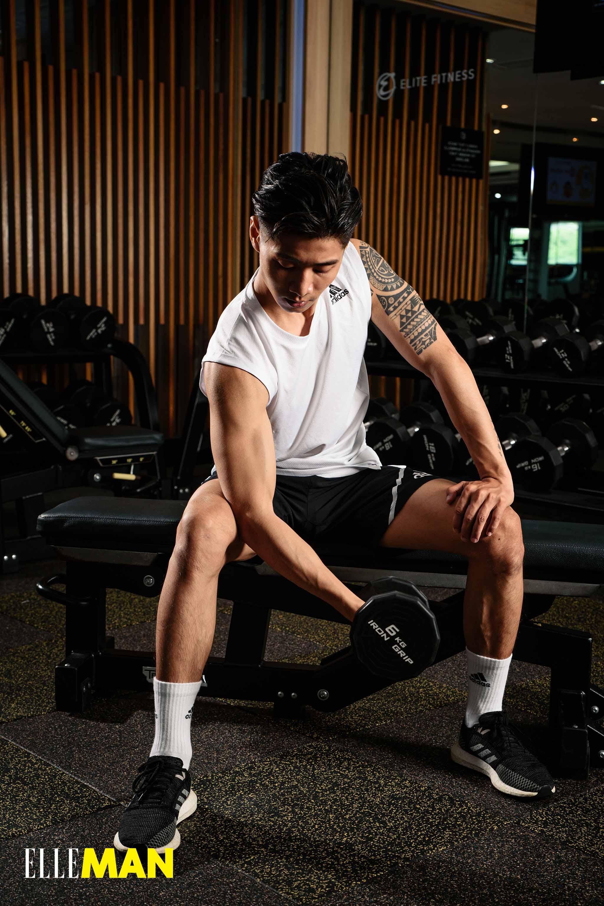 tap gym bai tap tay - Concentration Curl - elle man 1