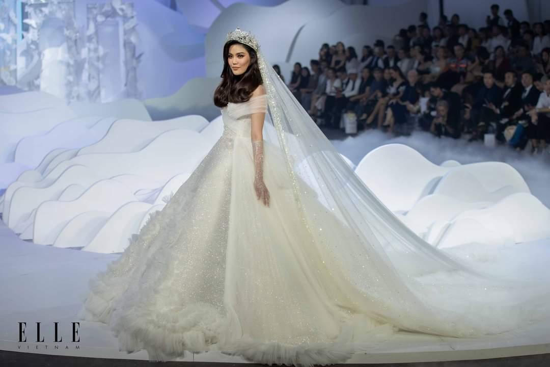 Elle wedding art gallery ao cuoi trang mo man