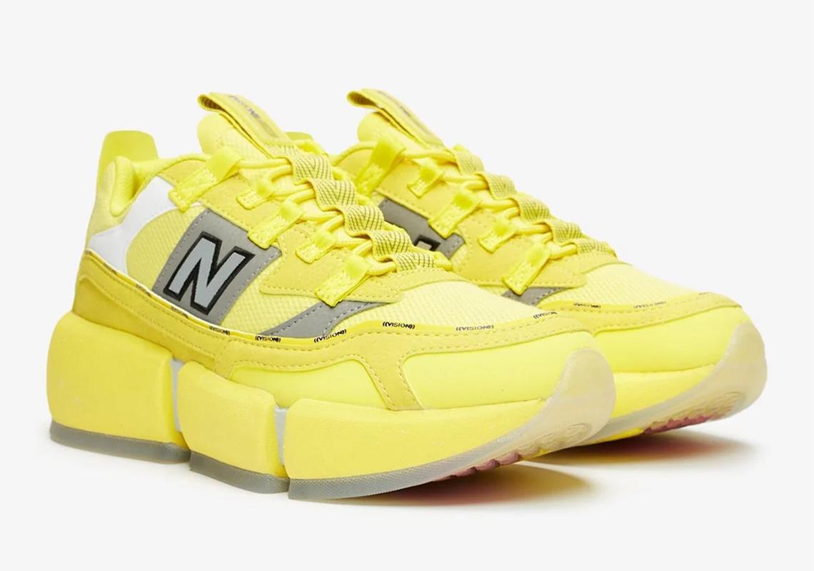 giày thể thao JADEN SMITH X NEW BALANCE X-RACER vàng