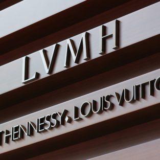 LVMH trở thành công ty được định giá cao nhất thị trường châu Âu