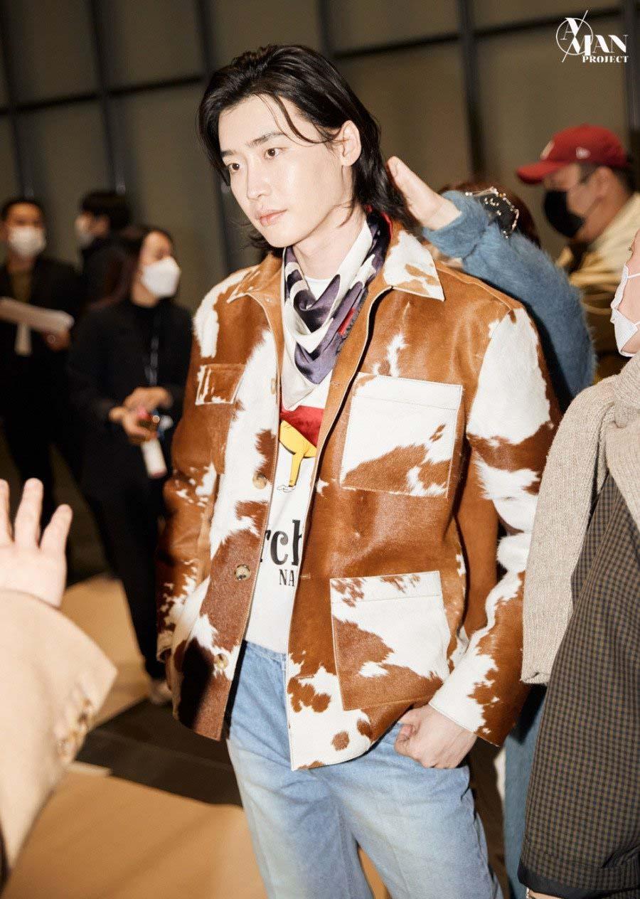 lee-jong-suk seoul fashion week 2021