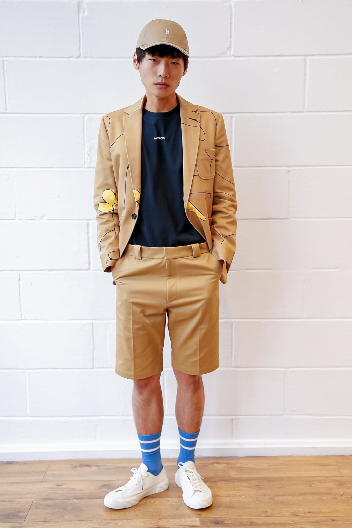 quan short bermuda - elleman - 0421 - elle man style calendar - smart casual - fashionably male
