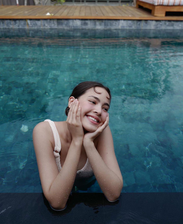 dien vien thai lan yaya urassaya - elle man (6)