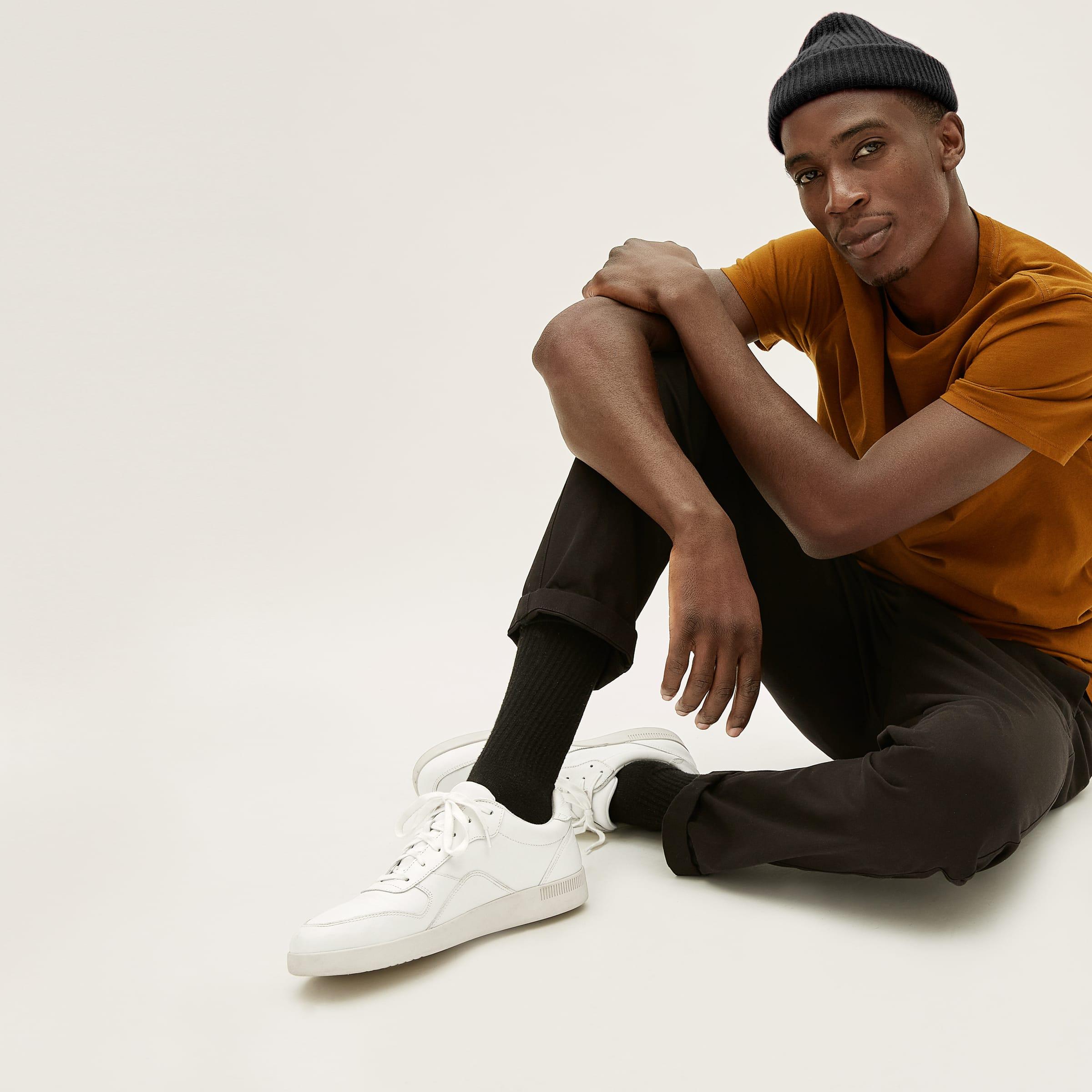 giay mua he - elle man style calendar - white sneaker -everlane