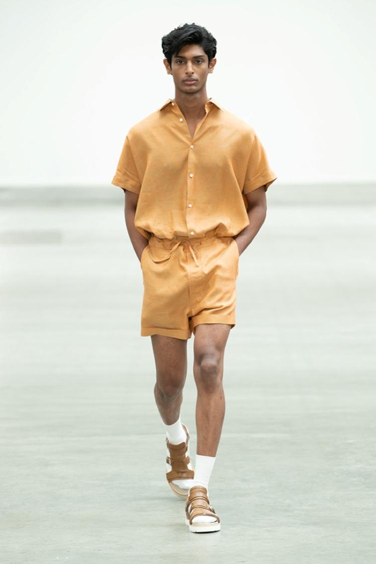 trang phuc linen - elle man style calendar - e.tautz ss2020