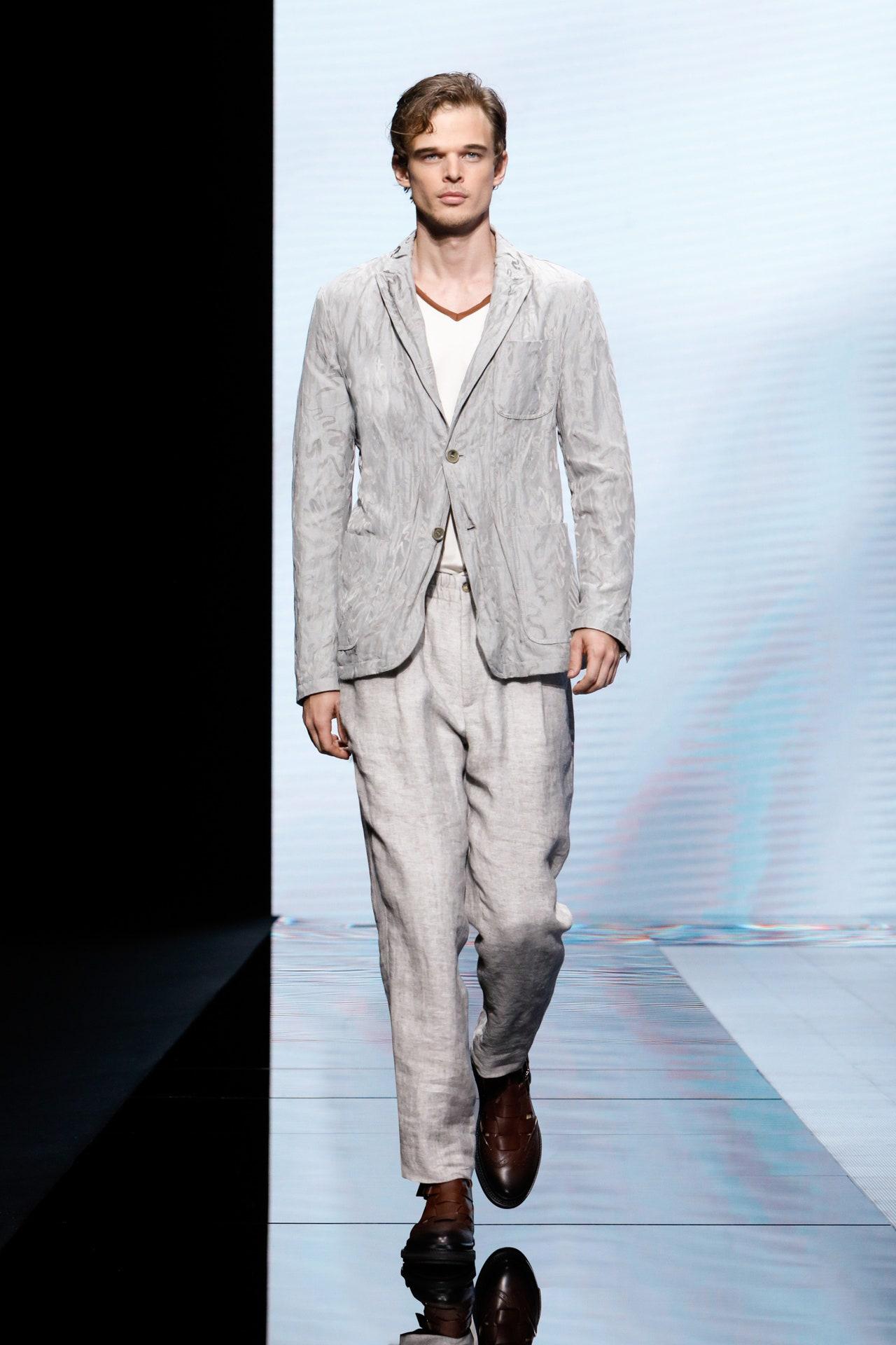 trang phuc linen - elle man style calendar - giorgio armani ss2021