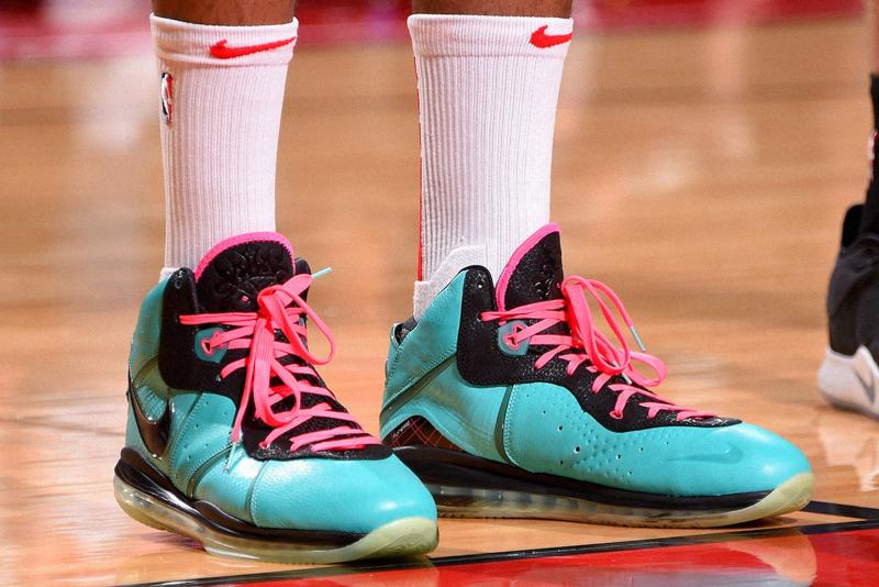 "Nike Lebron 8 ""South Beach"""