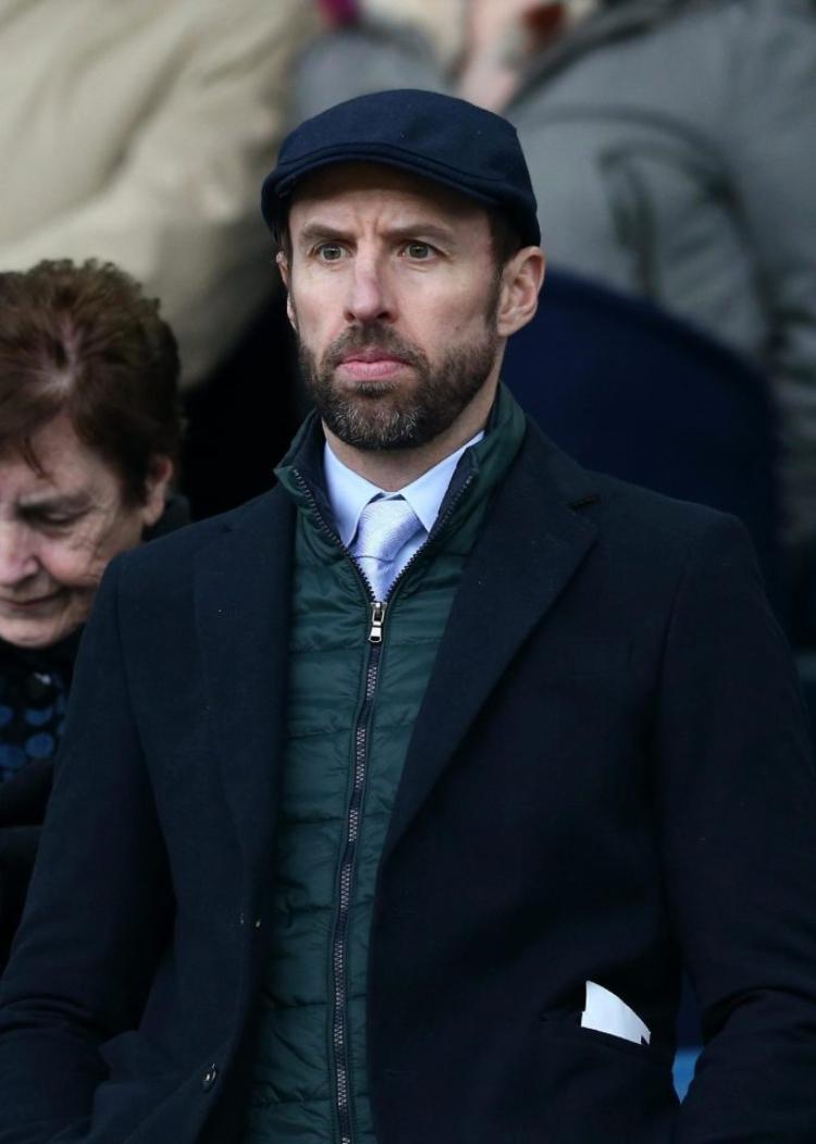 Vẻ Anh Quốc trong gu ăn mặc Gareth Southgate với mũ Beret