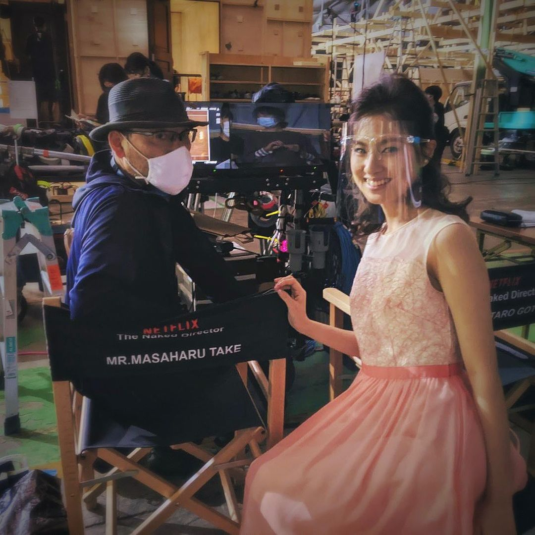 Yuri Tsunematsu và đạo diễn phim The Naked Director Masaharu Take