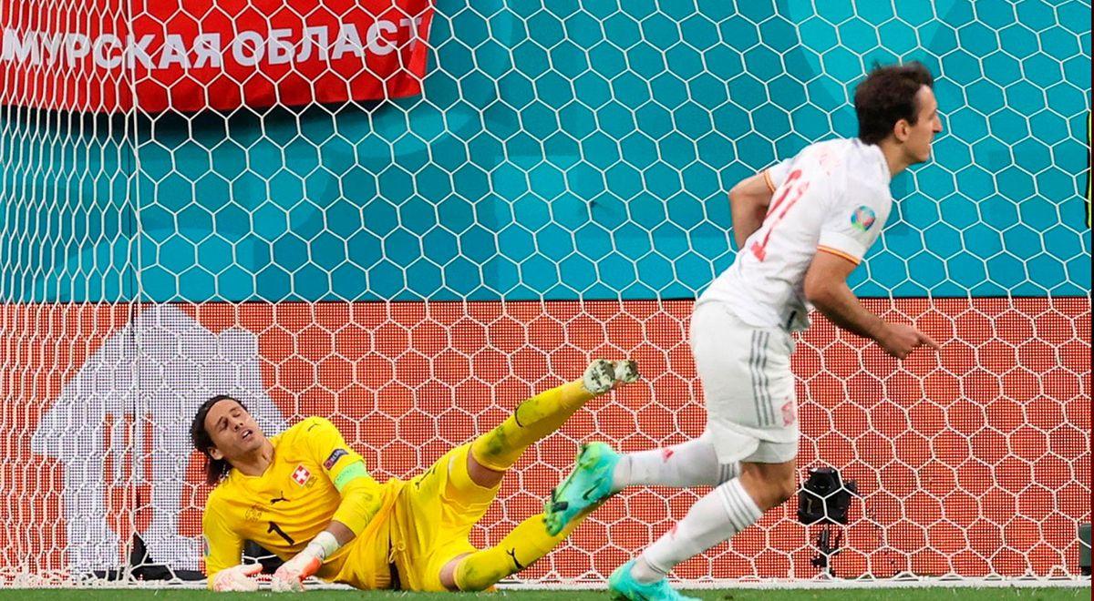 Mikel Oyarzabal thực hiện thành công quả đá luân lưu đưa Tây Ban Nha vào bán kết.