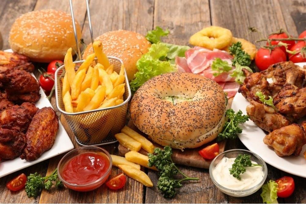 Hạn chế ăn tinh bột và chất béo