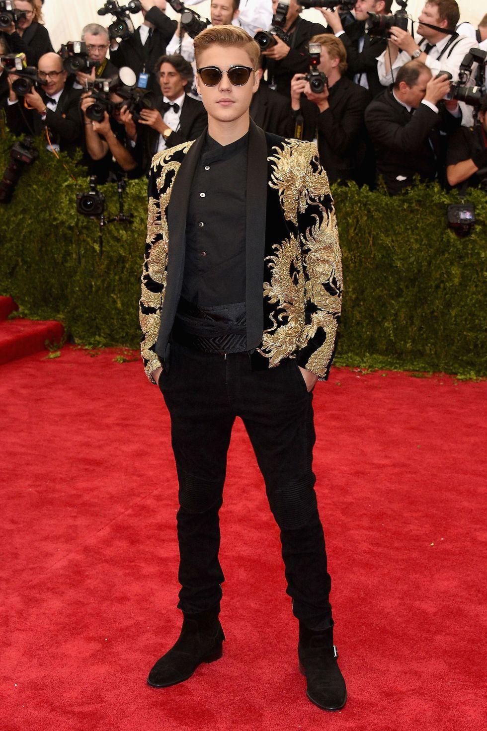 Justin Bieber cùng bộ suit tâm điểm tại Met Gala 2015