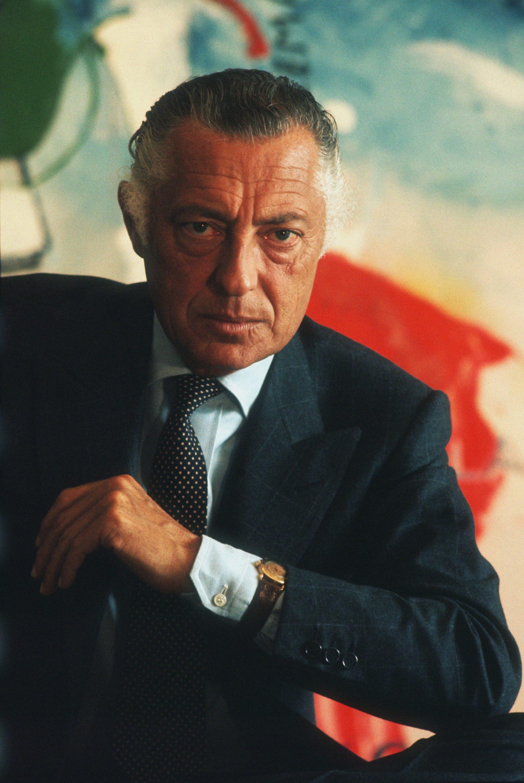 phong cách sprezzatura Gianni Agnelli