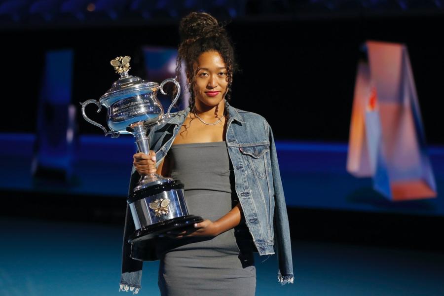 nữ vận động viên quần vợt Naomi Osaka tham gia met gala