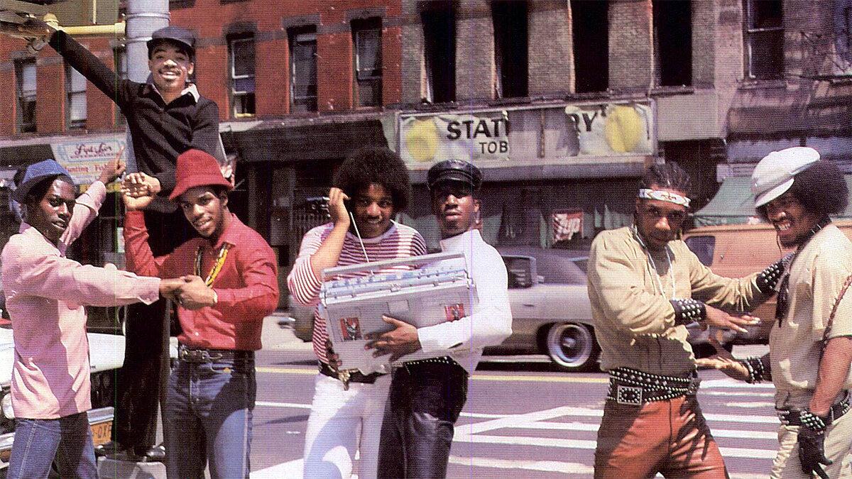 Grandmaster Flash và Furious Five là một trong những nhóm đọc rap nhiều thành viên đầu tiên và sớm nhất ở Bronx và Harlem. Họ đã truyền cảm hứng cho nhiều nhóm nhạc khác ra đời sau này.